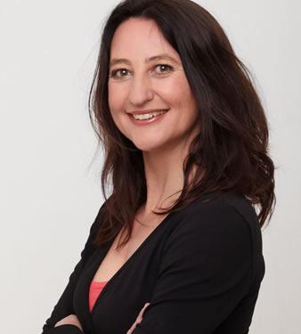 Karine Hoenderdos is diëtist, redacteur van Nieuws voor diëtisten en auteur van onder andere 'Eet meer!' en 'Diabetes type 2? Maak jezelf beter'.