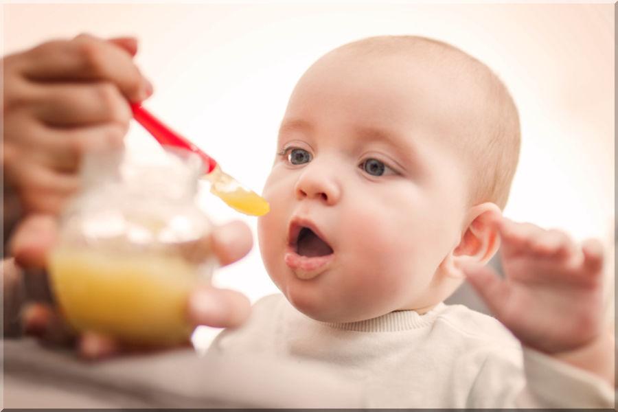 Nieuw advies voor vroege introductie hoog-allergene bijvoeding