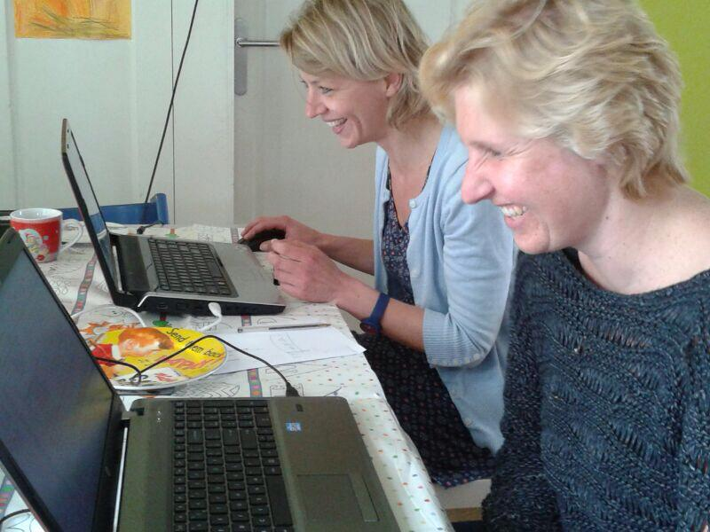 Hinke en Nicolette aan het werk